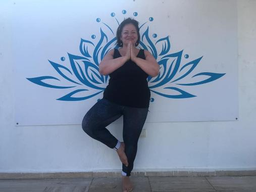 An image relating to Yoga business shows flexibility by hosting online retreat